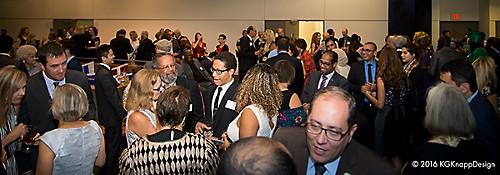 reception-crowd